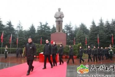 民心所向!各地早早掀起庆祝毛主席诞辰125周年活动狂潮