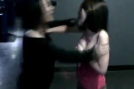 躁烦两美女为网游道具半裸互殴视频下载无码图片快播ed2k