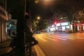 快播上海闹市裸拍门种子图片下载女人如斯QVOD?